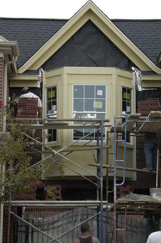 Roof w:shingles