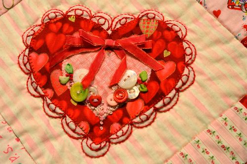 Embellished Hearts - Scalloped Heart full heart
